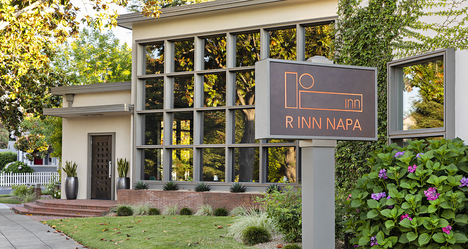 CONTACT R INN NAPA WE LOOK FORWARD TO SPEAKING WITH YOU