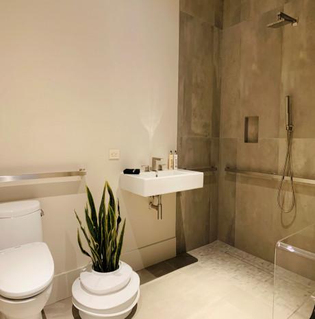 Loft 15 Bathroom